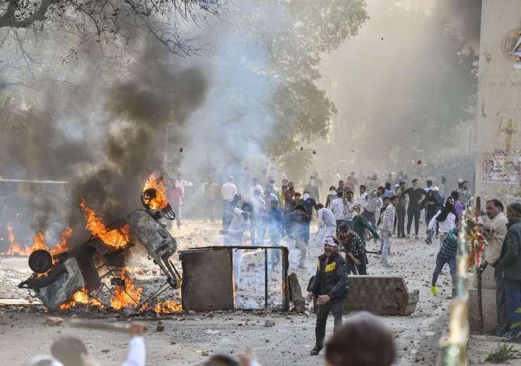 Delhi violence latest news photos videos  - India Tv