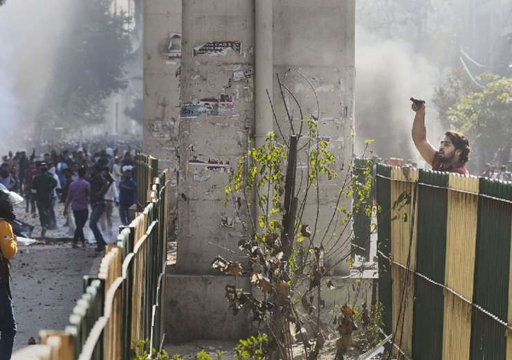 delhi violence latest news photos - India Tv
