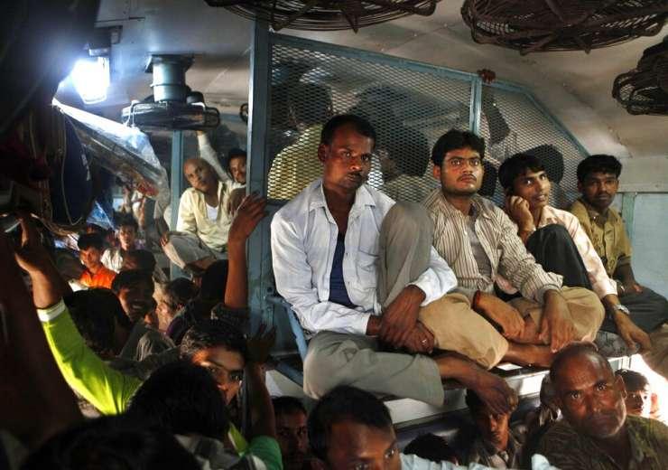 Coronavirus Outbreak India Railways Photo Gallery - India Tv