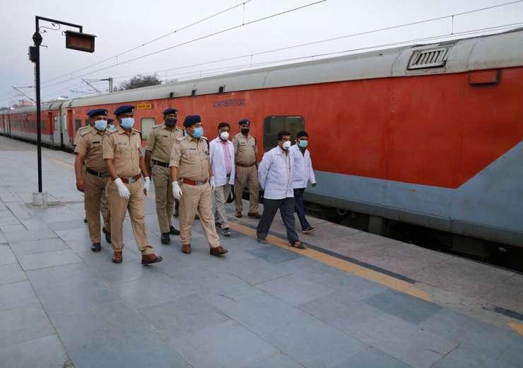 coronavirus outbreak-Indian railways -Photo Gallery - India Tv