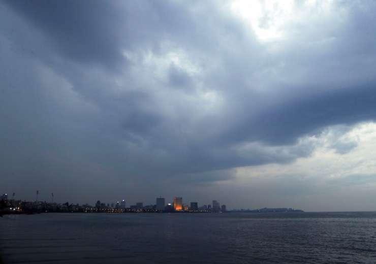 Cyclone Nisarga arabian sea mumbai ap photo - India Tv
