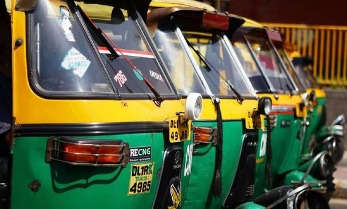 autos buses must have gps by february 20