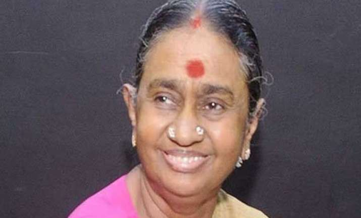 2g case ed issues fresh summons to karunanidhi s wife