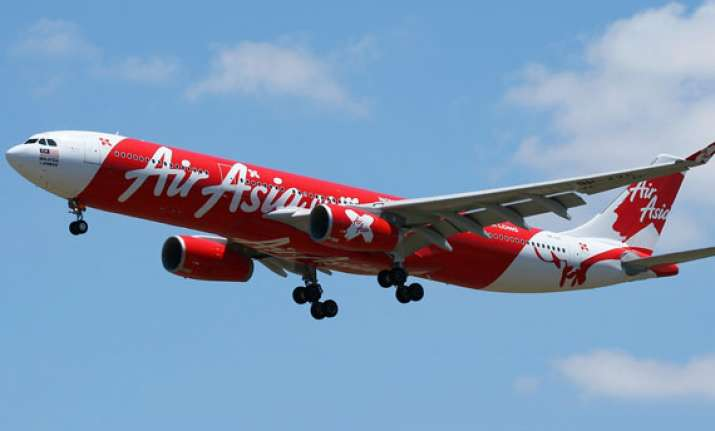 airasia india begins its flight with a rs 26 cr loss