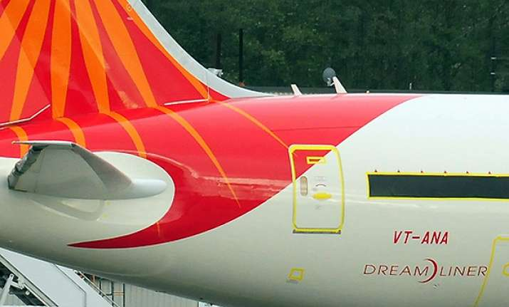 air india s dreamliners to be inducted in may 2012