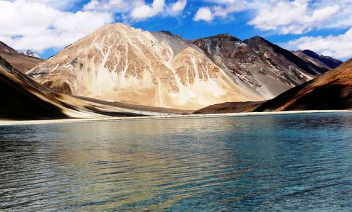 airlines add capacity as tourists flock to leh