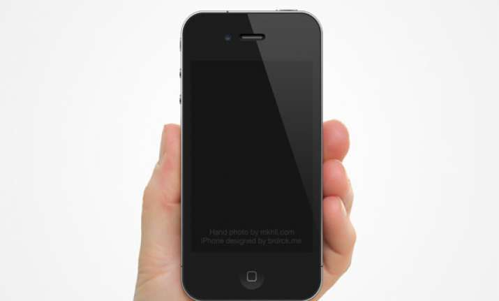 rcom aircel to sell iphone 5s for rs 54 000 and 5c for rs