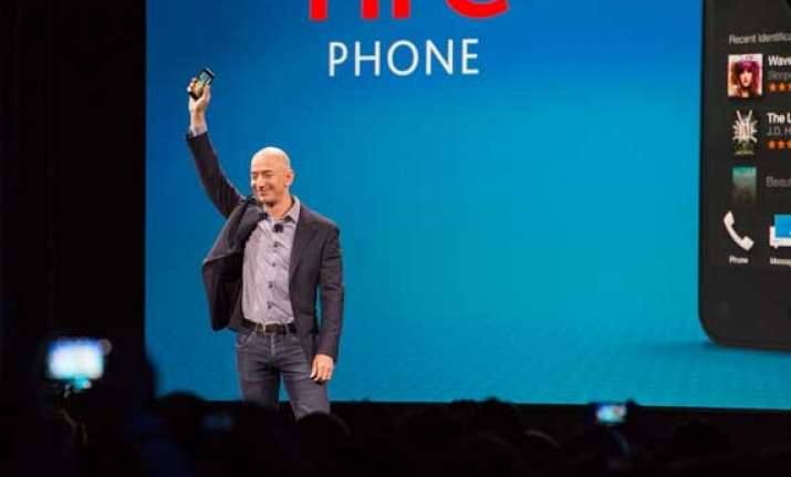 amazon unveils fire phone with 3d graphics and other smart