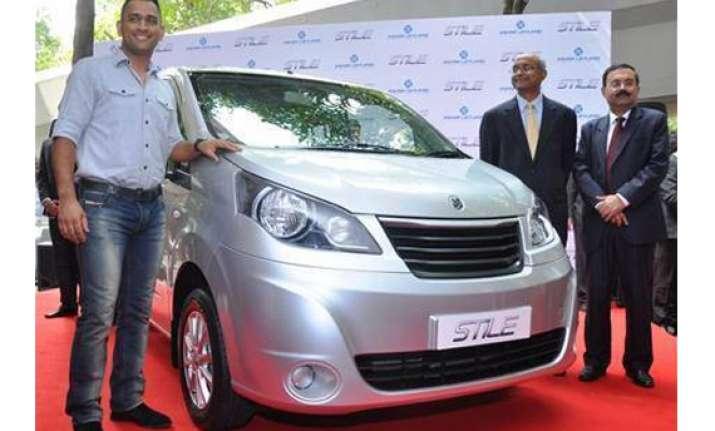 ashok leyland launches 7 seater stile mpv at rs 7.5 lakh