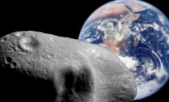 asteroid 2012 da14 to pass close by earth tonight will