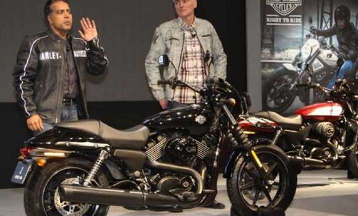 auto expo 2014 harley davidson launches street 750 bike at