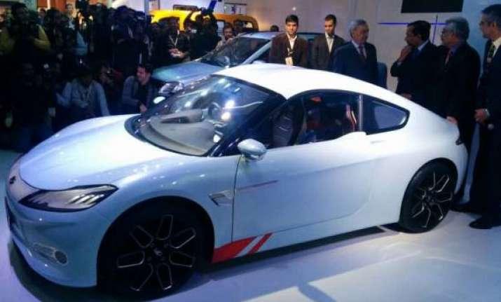 auto expo 2014 mahindra showcases halo concept sports car
