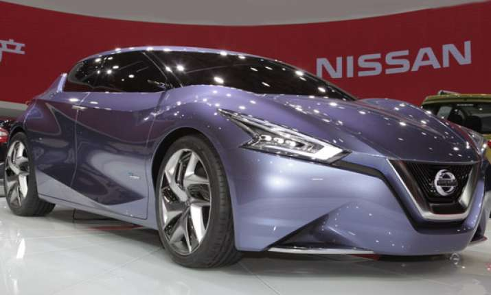 auto expo 2014 nissan introduces friend me concept car