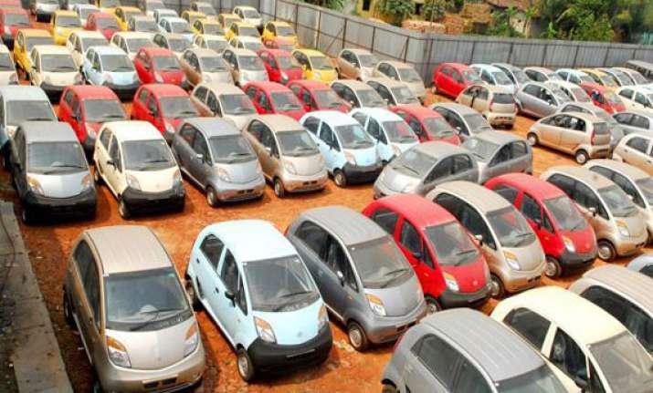 auto industry slump continues car sales drop 7.59 in jan