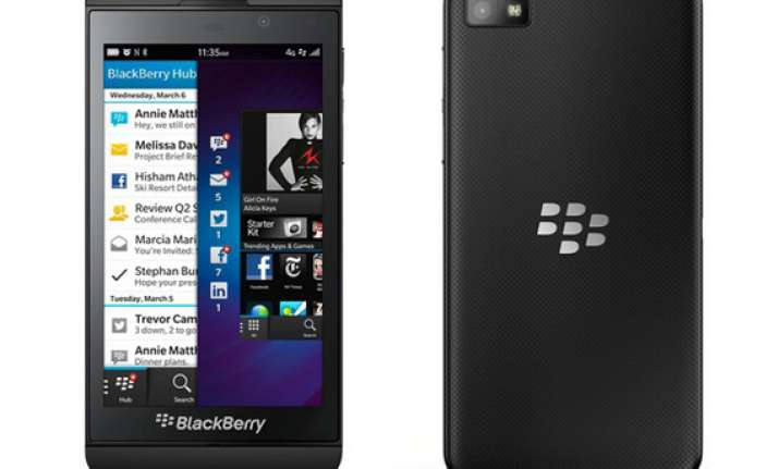 blackberry rolls out emi scheme for z10 follows apple and