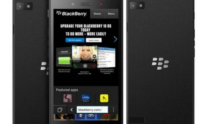 blackberry unveils the z3 and q20 at mwc 2014