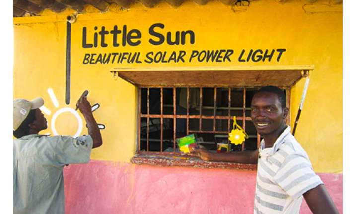 bloomberg invests 5 million in solar powered lamp