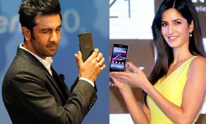 bollywood hotties endorsing smartphones/tablets