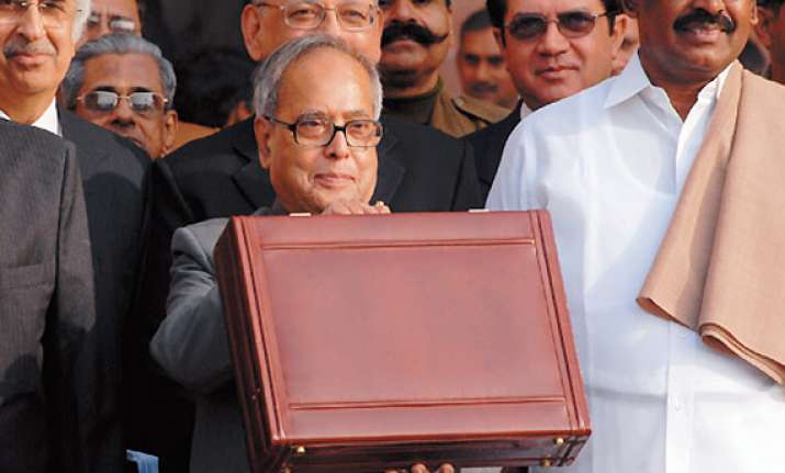 budget 2012 likely to increase income tax exemption limit