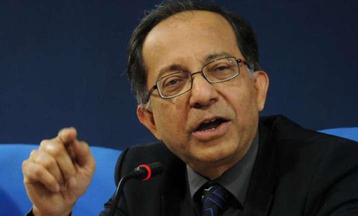chief economic advisor basu wants partial decontrol of