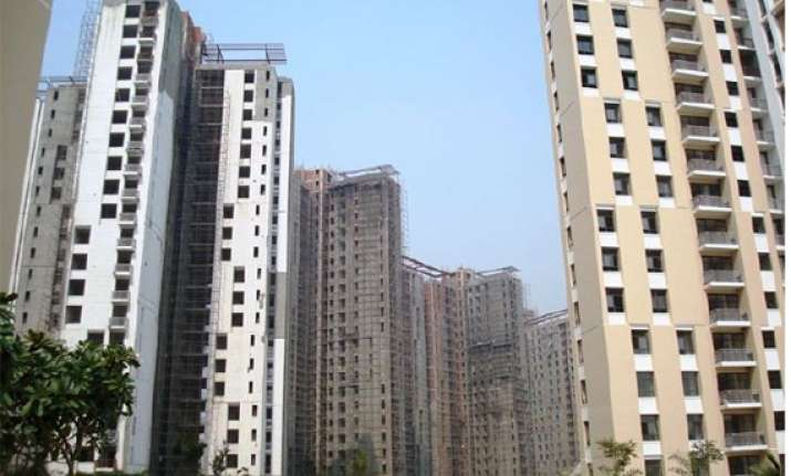 consumer forum asks unitech to pay rs 6.6 lakhs