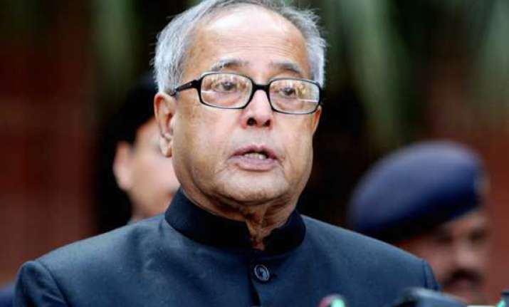 critics should be more realistic says pranab mukherjee