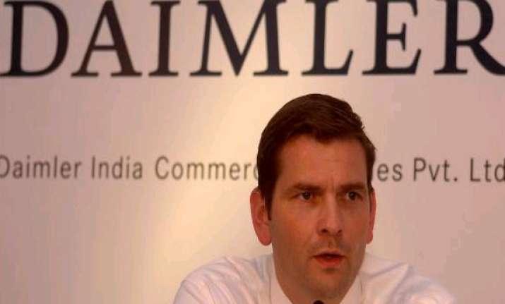 daimler india to set up bus manufacturing facility near