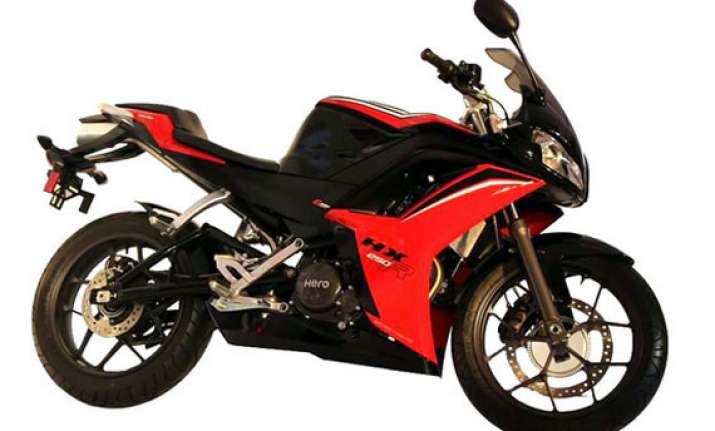 delhi auto expo 2014 hero unveils 250cc motorcycle hx250r