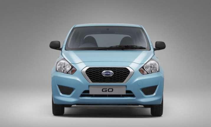 delhi auto expo 2014 nissan to introduce three variants of