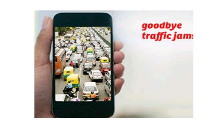 delhi lg launches mobile app for traffic alerts