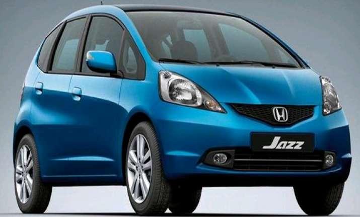 domestic car sales down 10.15 in april