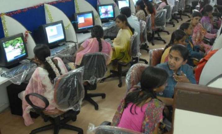 economic survey 2013 india lost 10 share in global bpo mkt
