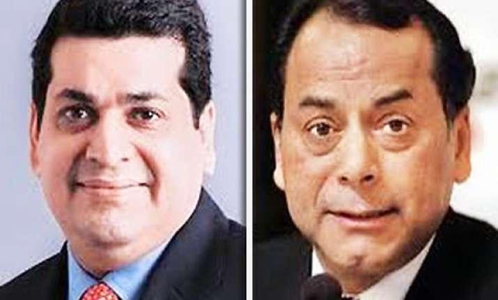 essar loop telecom withdraw pleas from delhi high court
