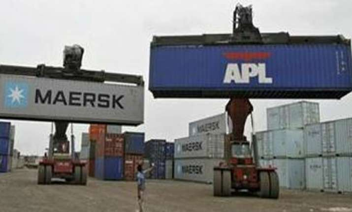 exports up 3.98 to 312.35 bn in 2013 14