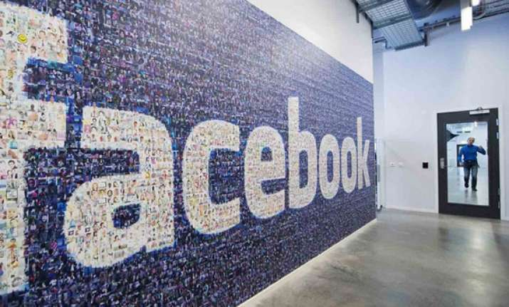 facebook has 100 million active users in india