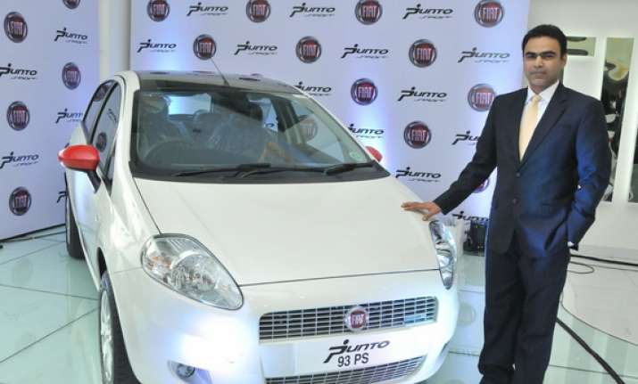 fiat launches 2013 grande punto sport at rs 7.6 lakh