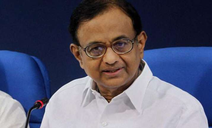 finmin expects fy14 economic growth at 5.5 pc