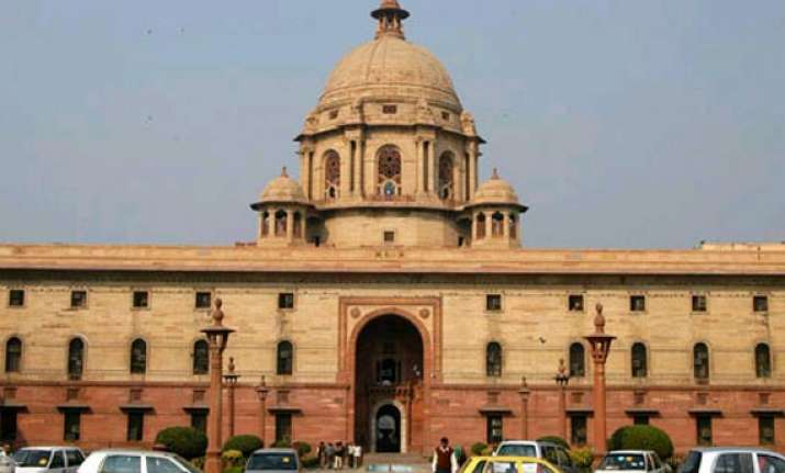 finance ministry mulls splitting cmd post for psu banks