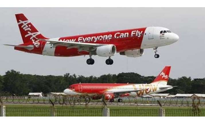 first aircraft of airasia india lands in chennai