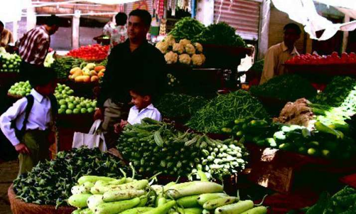 food inflation falls to single digit at 9.01