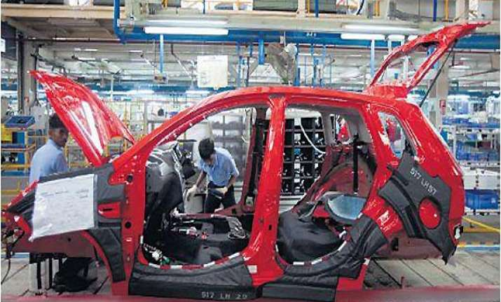 ford follows tata motors to gujarat