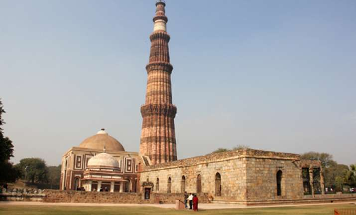from taj to qutub google to bring 100 indian monuments