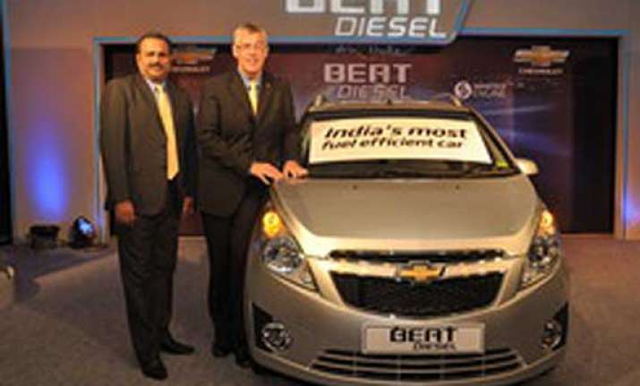 gm india launches chevrolet beat diesel car