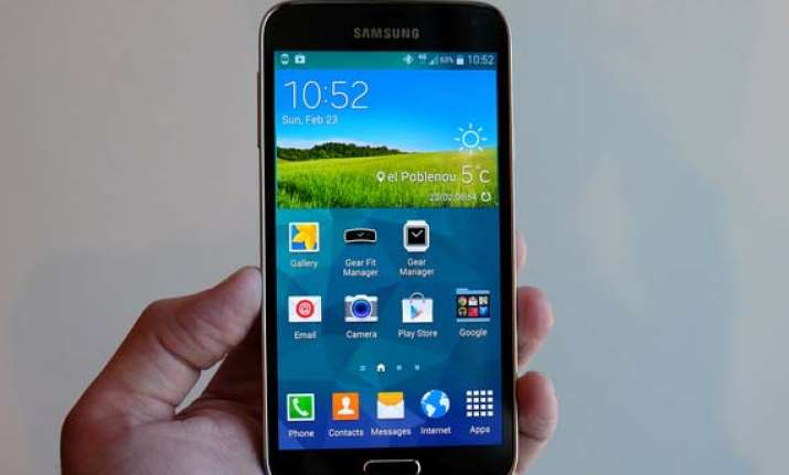 galaxy s5 launch upstaged by south korean mobile operators