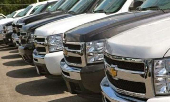 general motors recalls 2.31 lakh suvs over fire risk