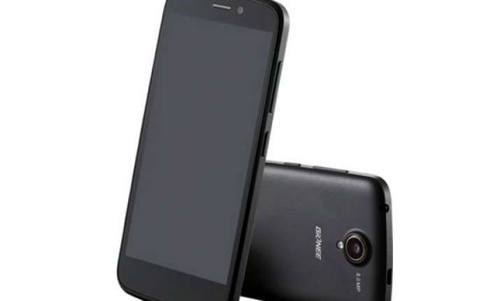 gionee ctrl v5 with quad core processor launched at rs 12