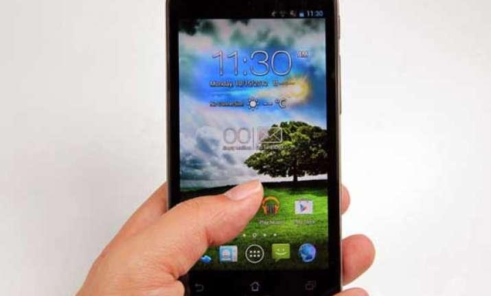 global cellphone sales down people buying smartphones