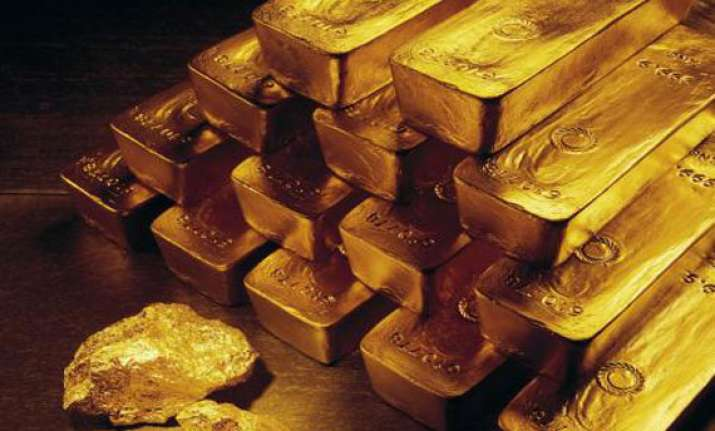 gold falls from three week high on profit selling global