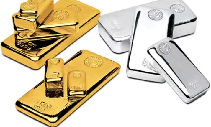 gold regains rs 28k level on firm global cues silver up