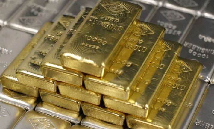 gold remains bearish on poor offtake silver recovers